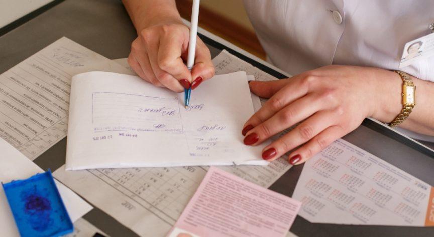 В Астане задержали группу за изготовление фиктивных медицинских справок на дому