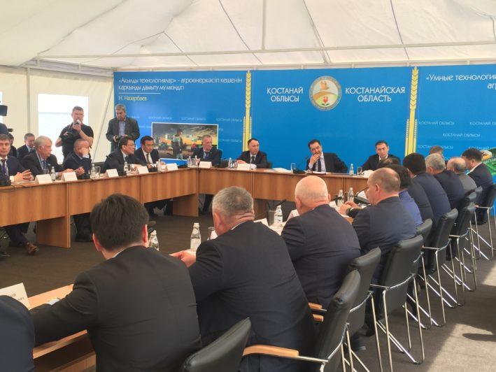 Бакытжан Сагинтаев провёл встречу с сельхозпроизводителями Костанайской области