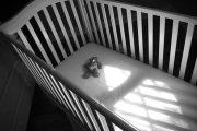 Младенец в мусорном баке: полиция Костаная разыскивает мать ребёнка
