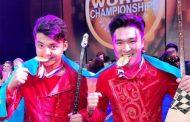 Казахстанские домбристы завоевали «золото» в Голливуде