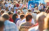 Сколько человек уехали из Казахстана за полгода
