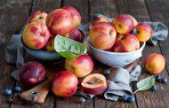 Казахстан временно запретил ввоз фруктов из Китая