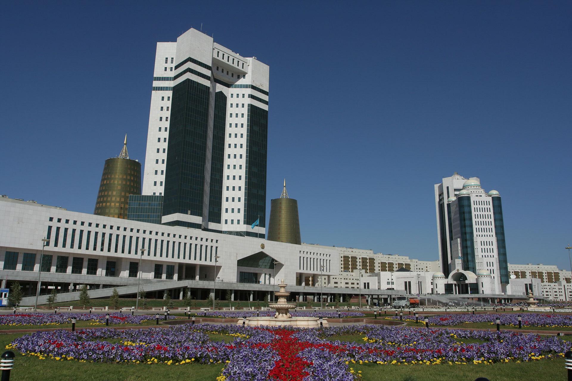 Правительство намерено выкупить сельхозкредиты у Цеснабанка на 450 млрд тенге