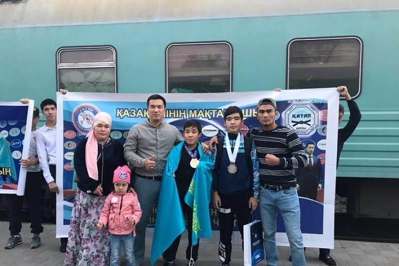 Атырауский спортсмен стал первым чемпионом мира по грэпплингу