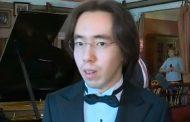 «Казахский Моцарт» сыграл на личном рояле Чайковского