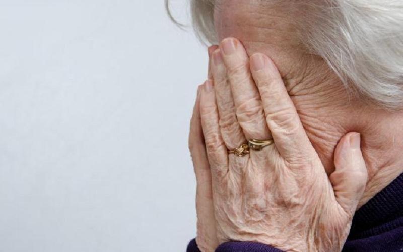 Крупный кредит пытались «повесить» на пенсионерку в Костанайской области