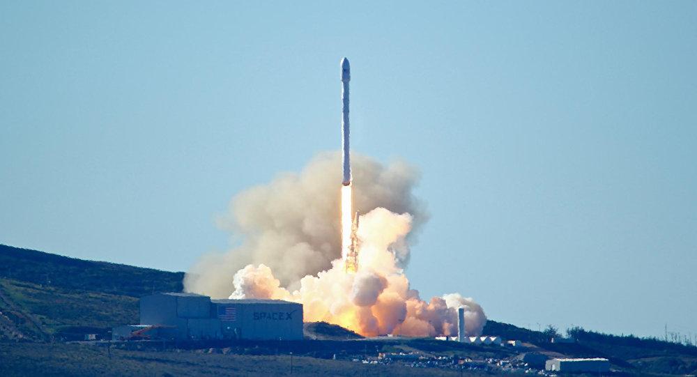 Стало известно, когда Казахстан запустит спутники на ракете Илона Маска