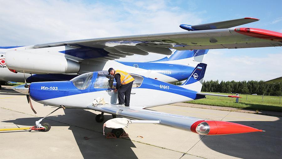 В Казахстане станут производить модернизированный самолет Ил-103