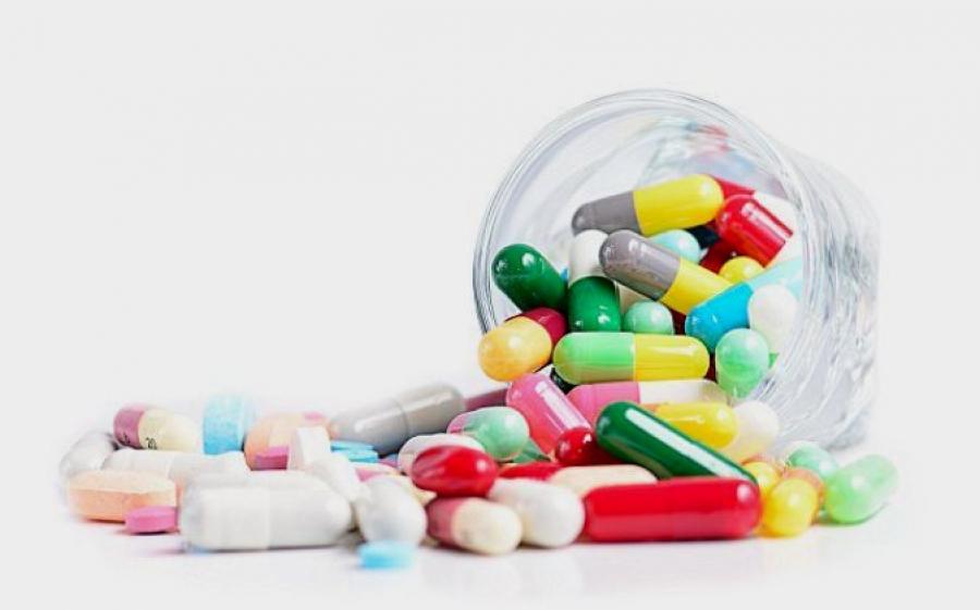 Назарбаева обеспокоена свободной продажей в аптеках лекарств, вызывающих привыкание