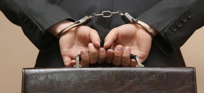 В Житикаре за получение взятки задержаны двое сотрудников внутренних дел