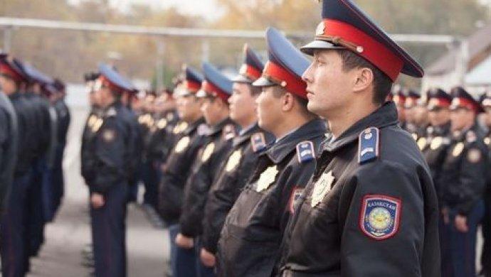 В Алматы полицейских учат работать на мирных митингах и массовых акциях