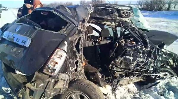 Трое погибли, автомобиль «всмятку» — страшная авария из-за гололеда произошла в Костанайской области