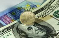 Казахстан предпочитает российский рубль доллару