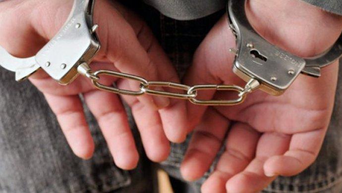 Подозреваемых в получении взятки сотрудников ДГД Астаны оставили под арестом