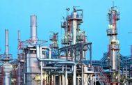 Свой дешевле: в Казахстане снижаются цены на бензин