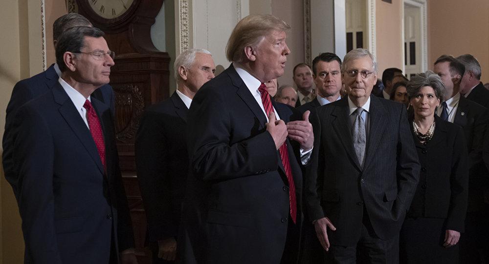 Трамп ушел со встречи с конгрессменами, задав только один вопрос