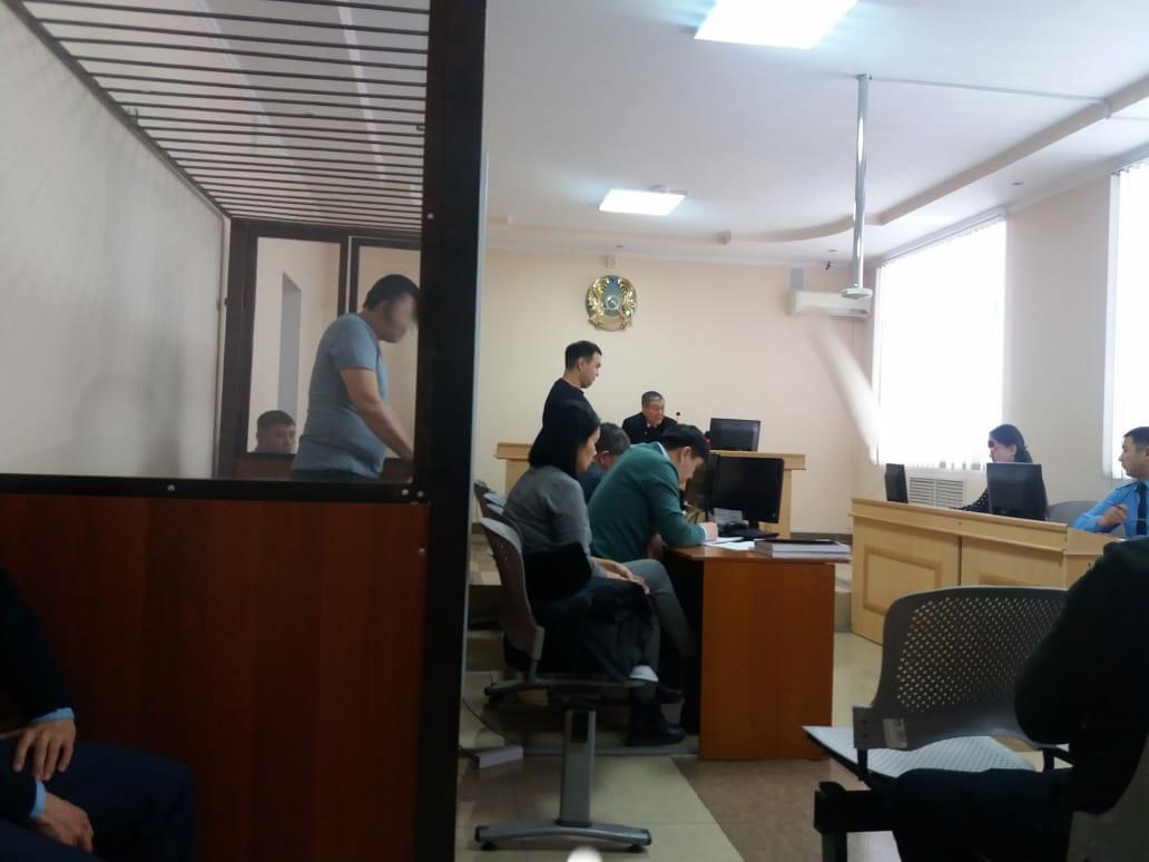 Прокуратура «промахнулась» в своих обвинениях в деле о 20 млн тенге, введя суд в недоумение
