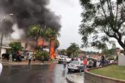 Самолёт рухнул на жилой район в Калифорнии (Видео)