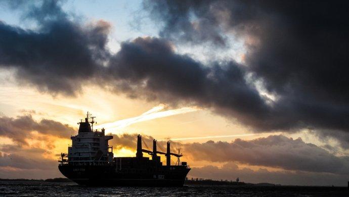 Танкеры с нефтью из Казахстана застряли на входе в пролив Босфор