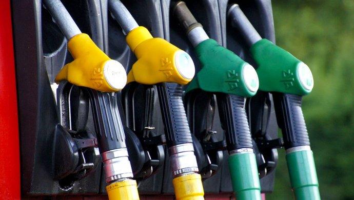 Беларусь готова закупать бензин в Казахстане