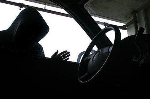 Украденные машины из Казахстана продают в Хакасии