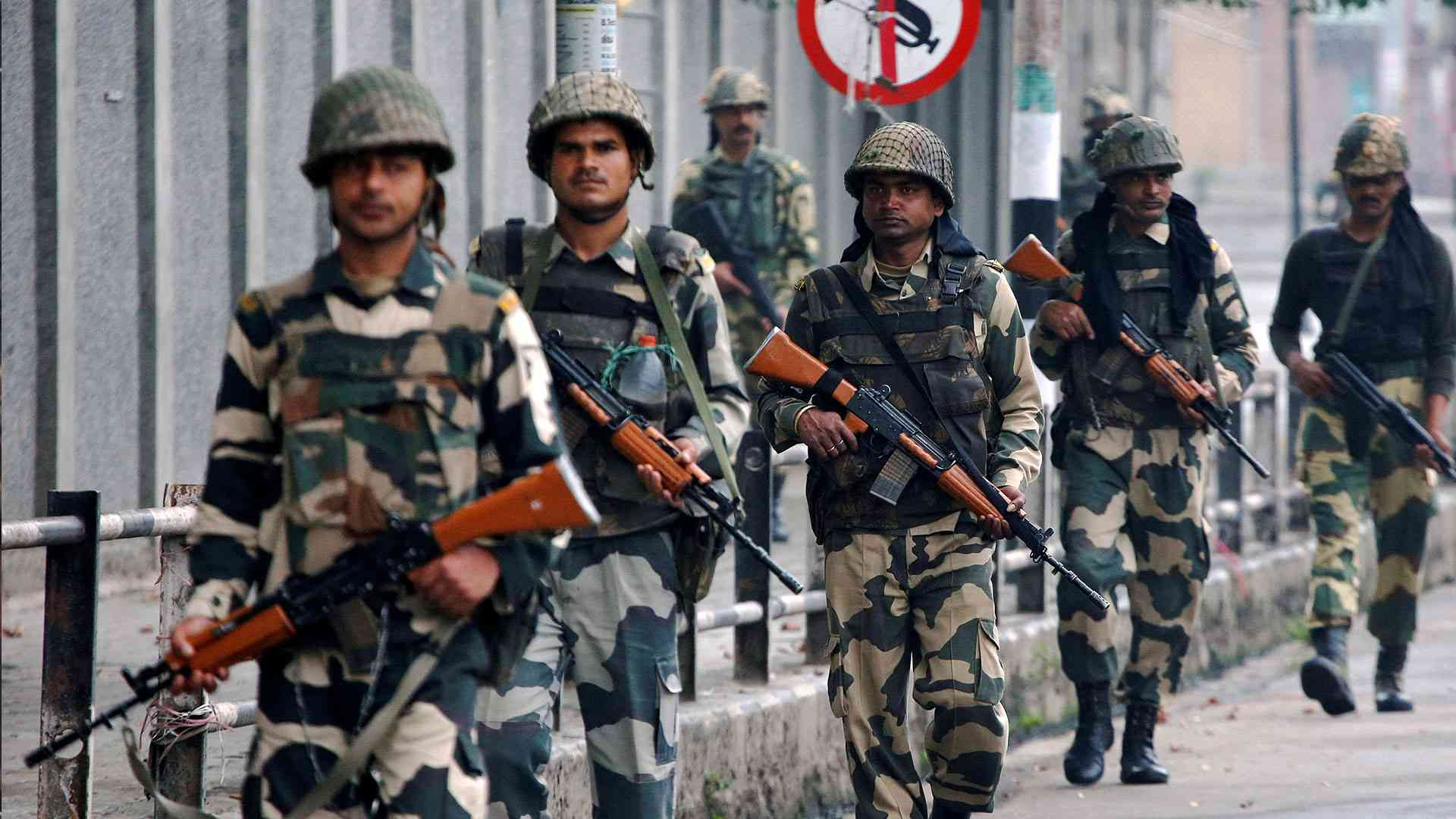 Обострение конфликта Индии с Пакистаном: воздушное пространство закрыто, рейс Дели – Алматы задерживают