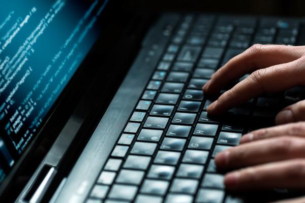 «Любые разговоры на эту тему — спекуляция» — Абаев о блокировке Интернета