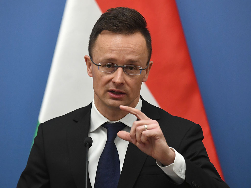 МИД Венгрии назвал лицемерием западную критику России