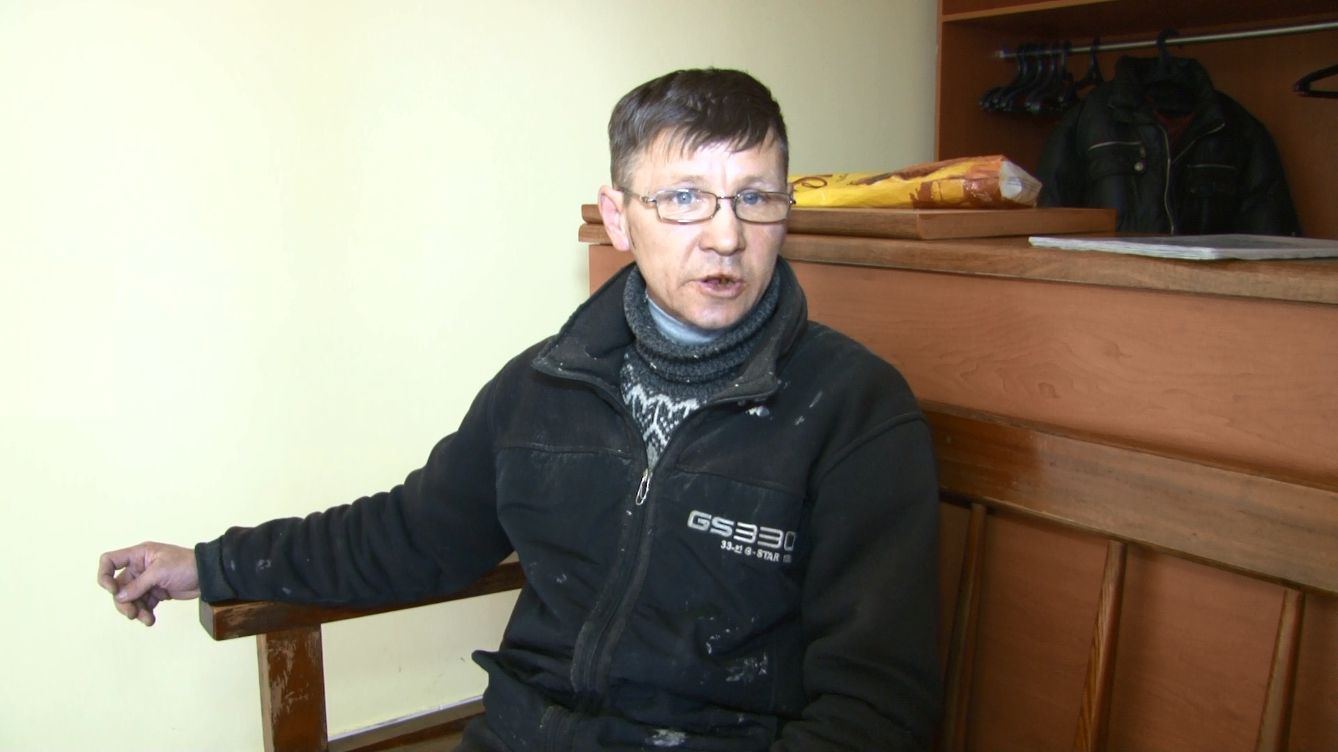 Осужденный костанайской колонии-поселения подал в суд на экс-сотрудника исправительного учреждения