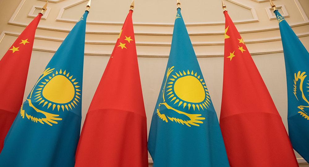Нурсултан Назарбаев и посол КНР договорились укреплять добрососедские отношения