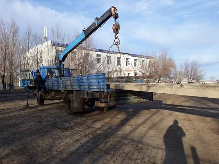 У молодого костанайского бизнесмена акимат отбирает землю, арендованную под строительство цветочного павильона