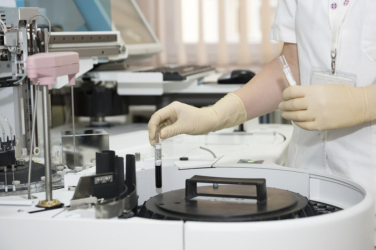 Четыре человека заболели сибирской язвой в Казахстане
