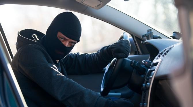 Это вопросы самих граждан — министр Тургумбаев о безопасности авто