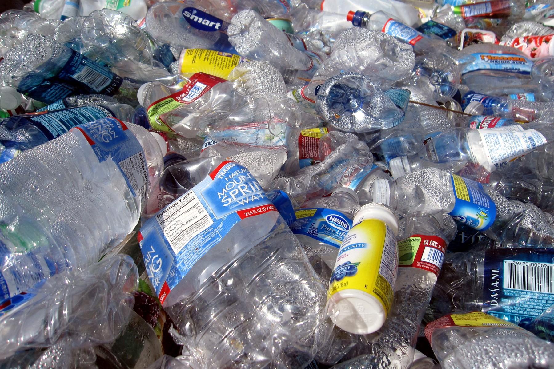 Пластик в воздухе