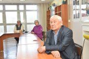 В Костанае учили пенсионеров распознавать фейковую информацию