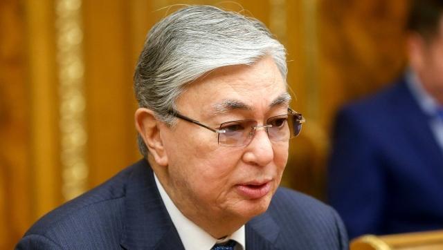 Президент Казахстана поручил усилить анализ военных угроз