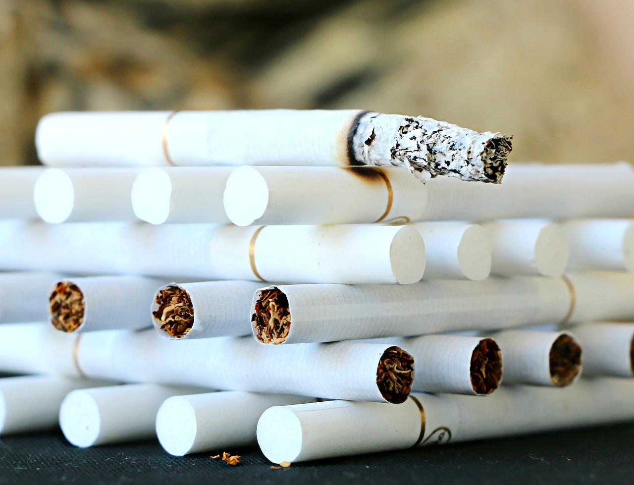 Жителя Казахстана посадили за ввоз нелегальных сигарет в Оренбуржье