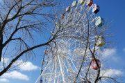 Построенное вопреки желанию горожан колесо обозрения в Рудном в новом сезоне не проработало и месяца
