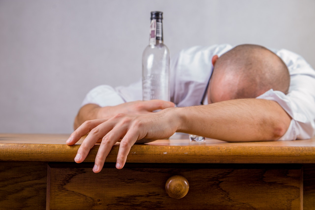 В Рудном алкоголики могут остаться без места для вытрезвления
