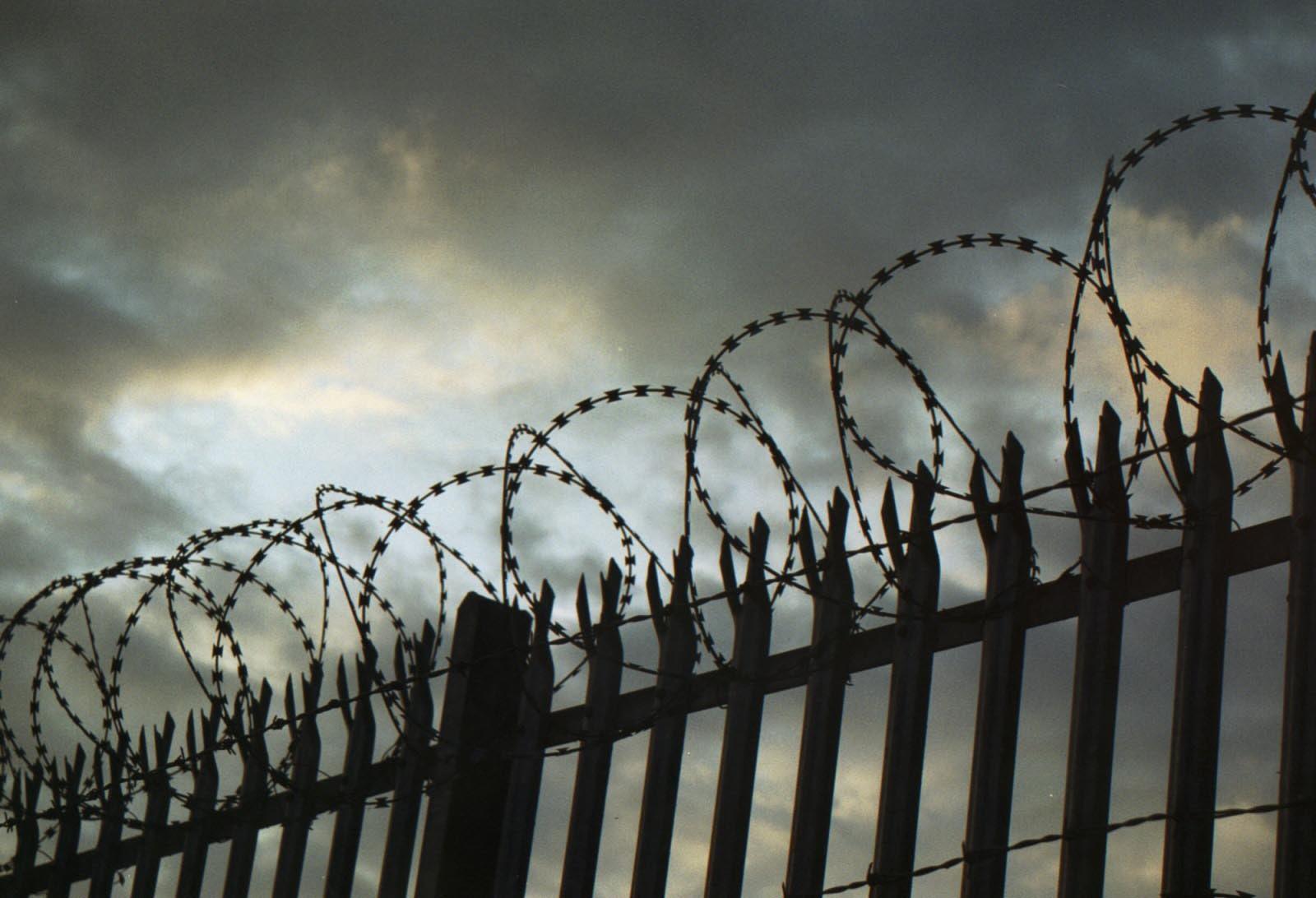 Начальников колонии в Костанае наказали за бешбармак и виски для заключенных