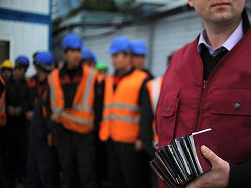 Задержан начальник отдела миграционной службы в Костанае