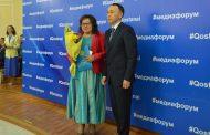 Главного редактора ИА «Тобол Инфо» Александру Сергазинову наградили Почетной грамотой акима области