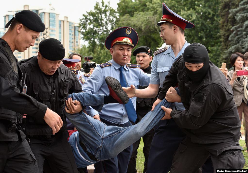 В ОБСЕ обеспокоились задержаниями протестующих в Казахстане
