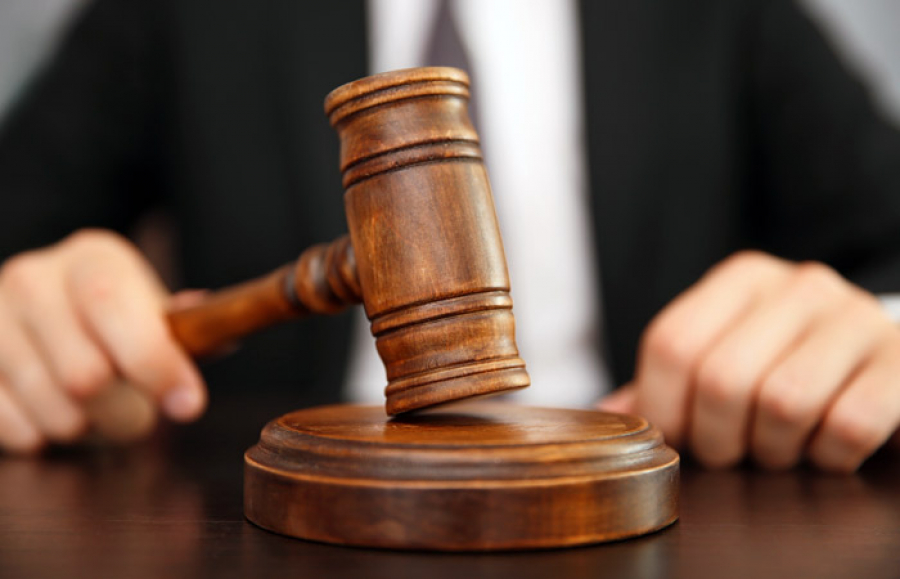 По 7 лет лишения свободы для житикаринских полицейских запросил прокурор