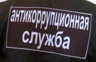 «Ментовские войны»: потерпевшие продолжают настаивать на смене своего статуса, а антикоррупционщики не пускают их в зал суда