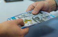 Бизнесмен пытался за взятку провезти товар из Казахстана в Россию
