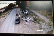 В течение двух дней участковые должны найти автовладельцев, которые подвозят к контейнерам строительный мусор на машинах