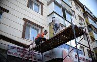 Корреспонденты «ТоболИнфо» проверили, насколько безопасен материал, которым облицовывают дома