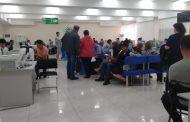 Из-за сбоя связи АО «Казахтелеком» услугополучатели три дня просидели в очередях в ЦОНе