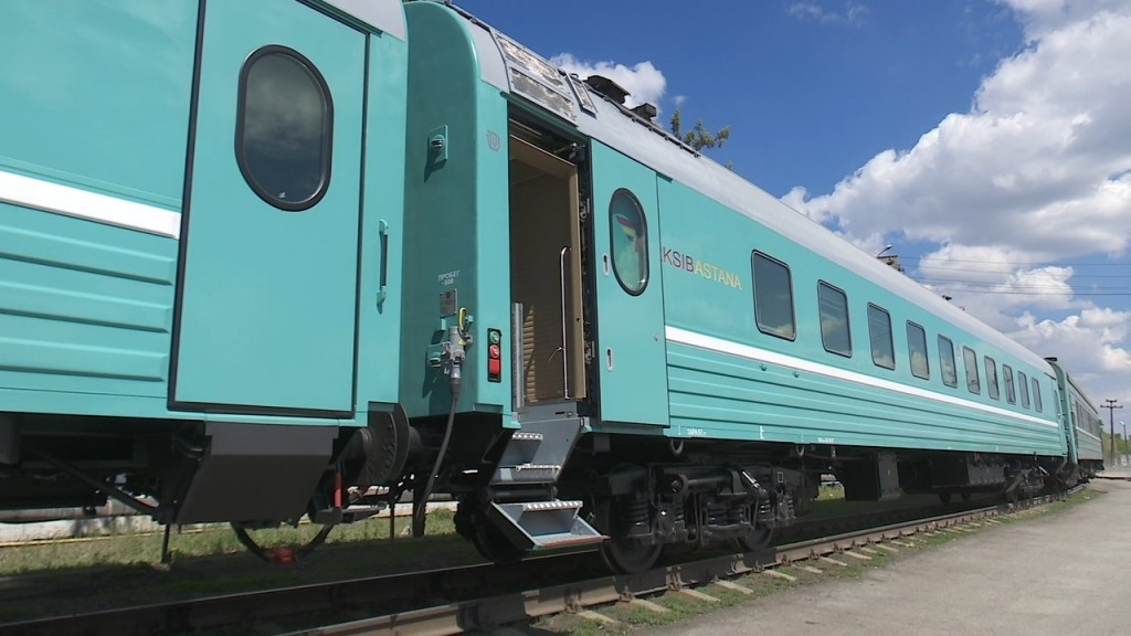 «Она не имела права открывать двери»: Перевозчик – об инциденте с выпавшей из поезда «Алматы-Костанай» женщиной